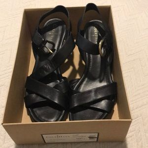 Cole Haan air tali 10.5 black wedge sandal